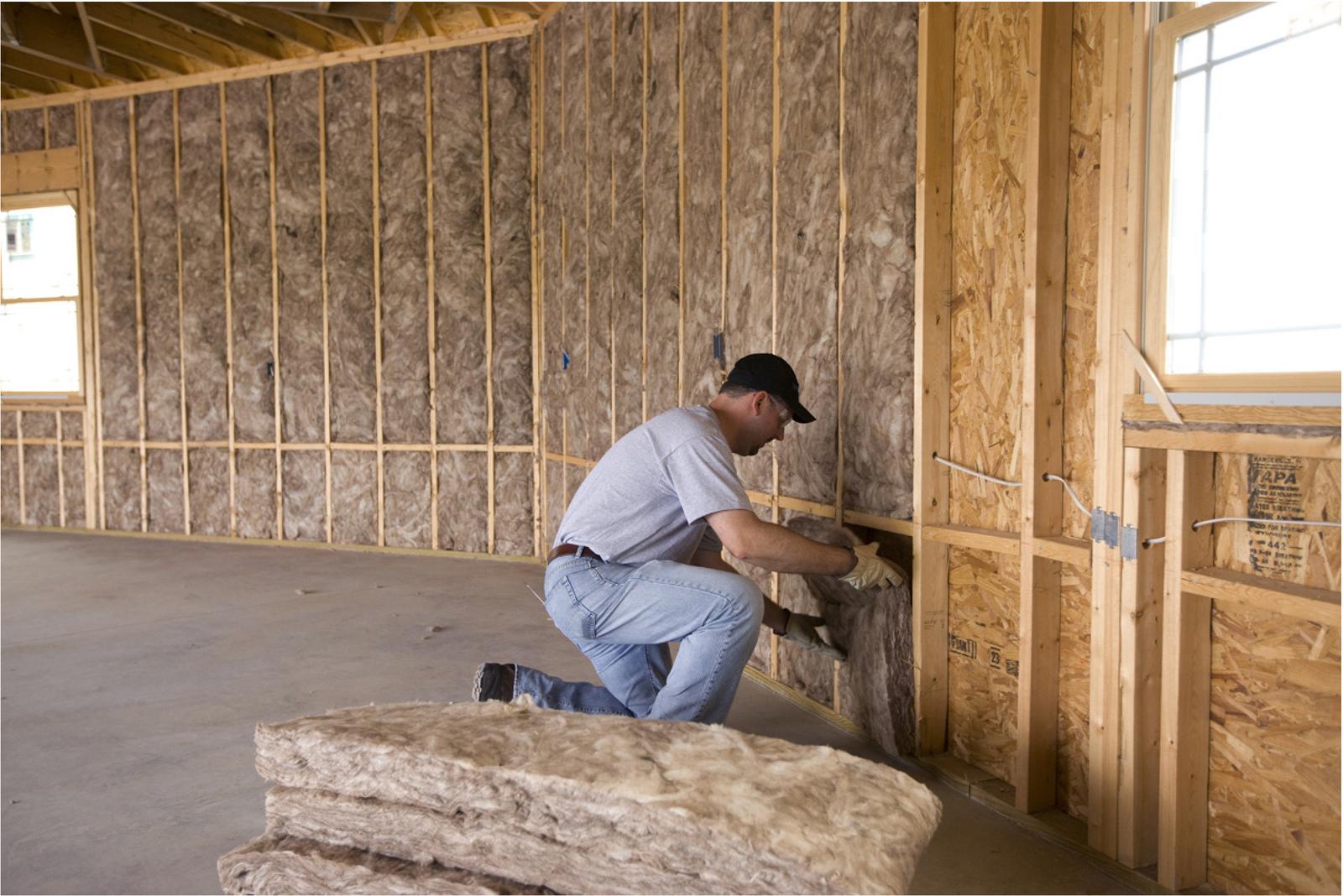 Как правильно утеплить стены деревянного дома изнутри своими руками